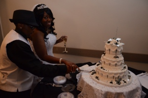 weddingcakecut